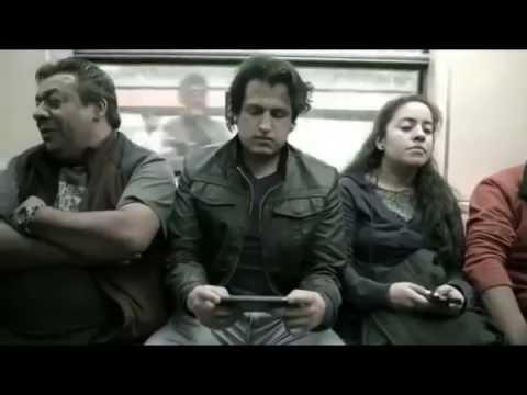 Sedili Pene-Muniti nella Metropolitana di Città Del Messico