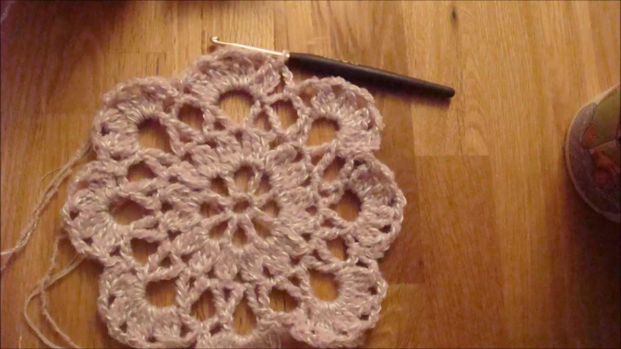 Doily - crochet a cap - Mütze häkeln Tutorial / Lehrgang 1 - YouTube