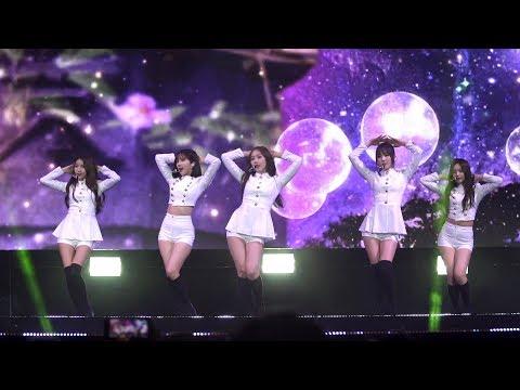 GFRIEND(여자친구) 'NAVILLERA' KCON 2017 NY Stage (너 그리고 나, 소원, 예린, 은하, 유주, 신비, 엄지)