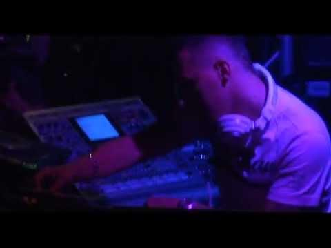 [LIVE SET FULL] Dj Furax @ Complexe Cap'tain ( DVD Collector ) Partie 1