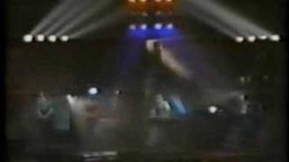 Depeche Mode - Tora!Tora!Tora! (Hammersmith Odeon 25-10-82)