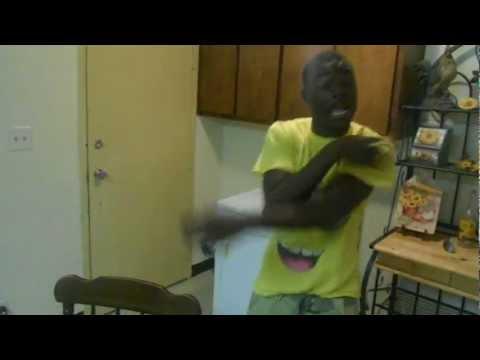 Dey Young ft Gorilla Gang