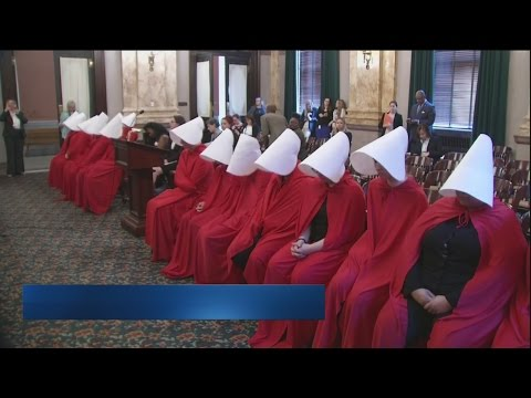 Women protest new abortion bill