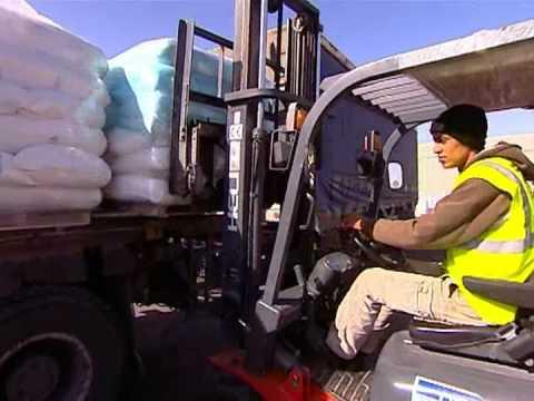 Israel Sends Humanitarian Aid To Gaza