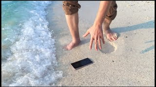 IP67 vs IP68 Can Your Phone Survive Salt Water?!