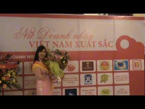 Huỳnh Tiểu Hương - Bông Hồng Vàng - Nữ Doanh Nhân Việt Nam Xuất Sắc 2012