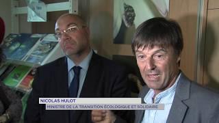Versailles : Nicolas Hulot et Stéphane Travert en visite à l'INRA