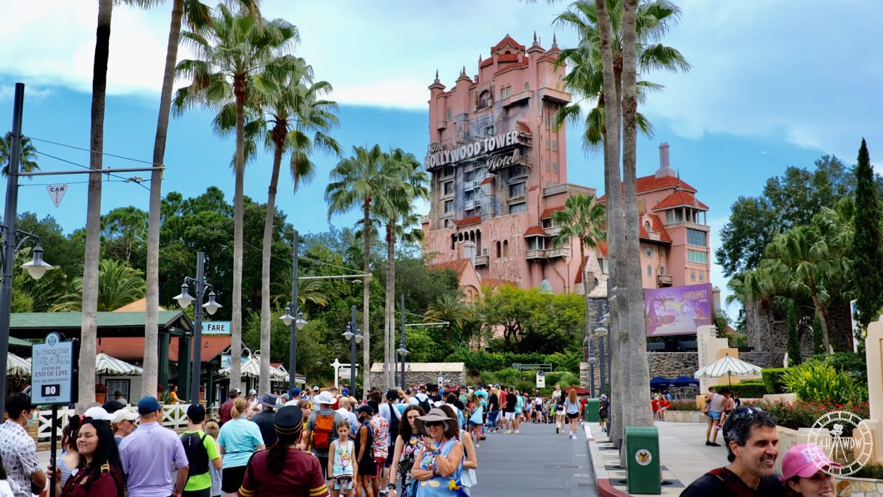 A Busy Friday at Disney's Hollywood Studios - Filmed in 4K | Walt Disney World Florida July 2021