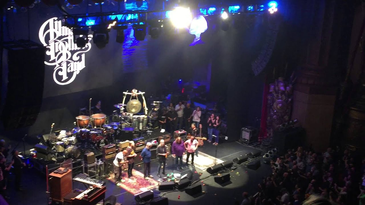 Allman Brothers Band - Encore Speech & Trouble No More 10/28/14 Final Show @ Beacon - YouTube