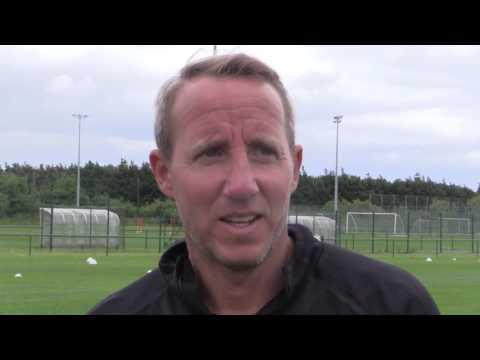 Lee Bowyer and Tariqe Fosu discuss the dreaded 'gate run'