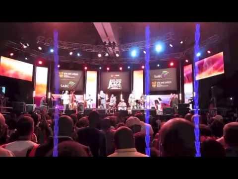 CARLOS CALUNGA con Buenavista Social Club in Cape Town International Jazz Festival 2013