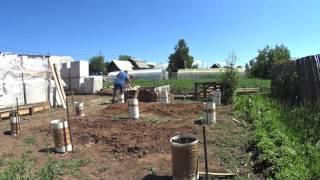 Заливка свай // Строительство фундамента для бани // Дом моей мечты(, 2016-07-02T18:29:31.000Z)
