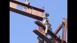 Leslie Dan: Erection of a Major Steel Beam at the Roof of the Atrium