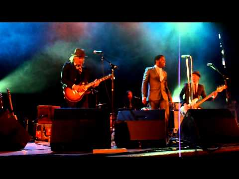 Vintage Trouble Intro and Blues Hand Me Down Intro festival Middlesbrough Night 5 June 2011