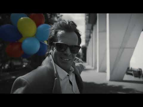 КУРАРА - Ненастоящий мужчина (Official Video)