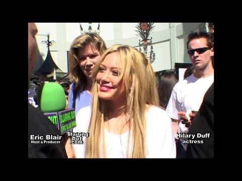 HiLARY DUFF & ERIC BLAIR talk Make Up @ A Cinderella Story 2004
