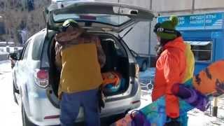 Toyota Fortuner на курорте!(Рустам Молованов и его друзья – сноубордисты. В последние выходные 2014 года они отправились на горнолыжный..., 2015-01-08T11:38:07.000Z)