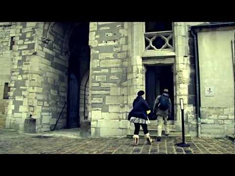 Chateau de Vincennes - Metro Line 1 - PARIS