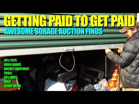 GETTING PAID TO GET PAID Storage unit auction haul (Gold, 90's toys, video games)
