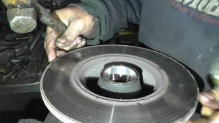 видео Замена подшипника передней ступицы ВАЗ 2101