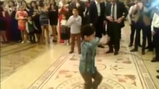 Azeri Kid Perfect Dance (Превосходный танец Азербайджанского Ребёнка)