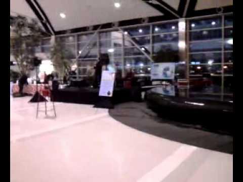 Airport Karaoke!!!