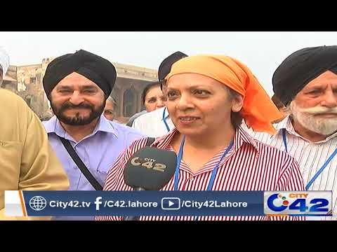 Sikh yatri visit Shahi Qila