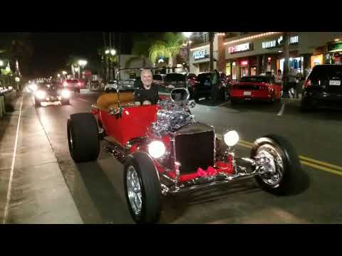 Cars and Cruise Night HB 10/25/17