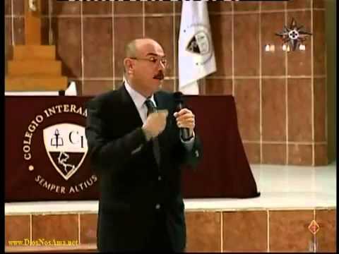 Prueba Científica que Jesús está Vivo en la Eucaristía Dr Ricardo Castañón