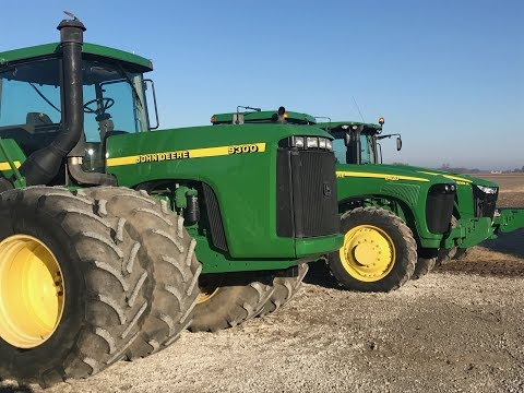 John Deere 9300 and 8420 Tractors Sold on Vandalia, IL Farm Auction Today