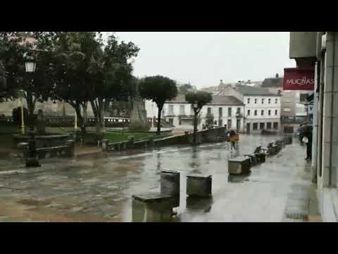 La nieve regresa a Lalín tras la Semana Santa