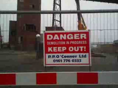 Liverpool's Tate and Lyle conveyor demolished