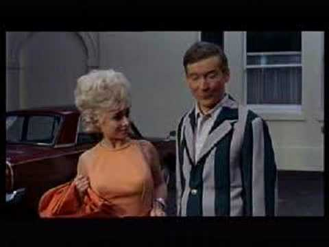 Heatherden Hall - Carry On Camping
