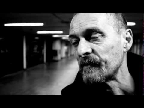 Homeless Interview : Intense interview with a man living on the streets of London, England