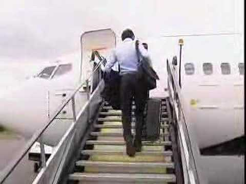 Chelsea team leave for Moscow