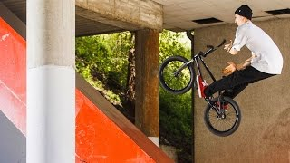 Technical BMX Street Riding in Madrid | 3 Day Metro Pass