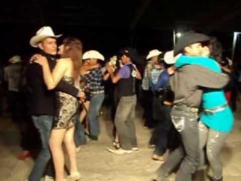 ESPERANZA NORTEÑA EN EL VERGEL NIEVES ZACATECAS | Youtube Music Lyrics