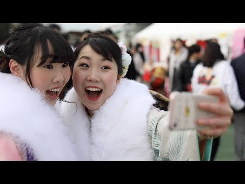 Young Japanese celebrate 'Coming of Age'
