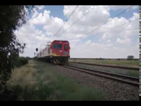 4 x class 20E's on freight at Bloemhof, NW, South Africa