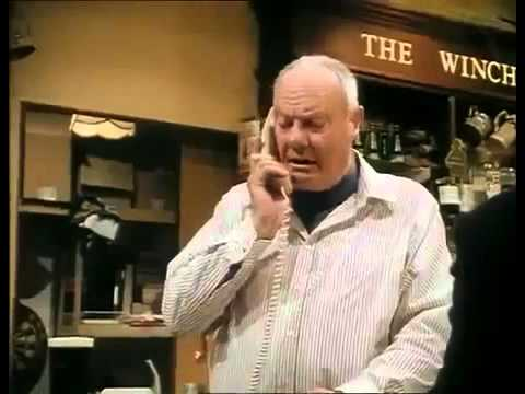Minder Cars and Pints and Pains S09E10