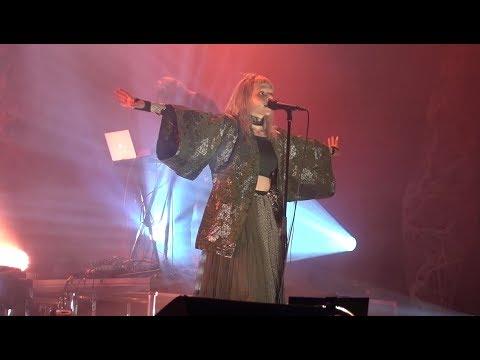 AURORA - Queendom (Stavanger, 16.12.2017)