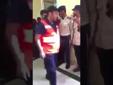 عضات دامية وتمزيق شعر.. في مُشاجرات عنيفة بين طالبات جامعة الطائف