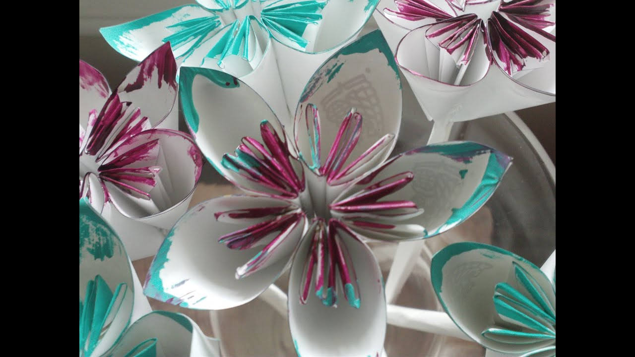 Diy folded paper flowers kusudama origami theeasydiy crafty diy folded paper flowers kusudama origami theeasydiy crafty youtube mightylinksfo