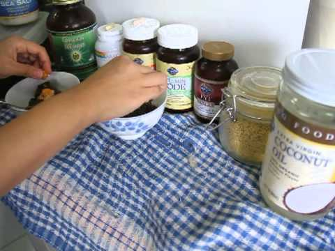 Raw Feeding Dogs with Organic Raw Food (Organic Raw Blended Veg with Added Supplements) Part 3 of 6