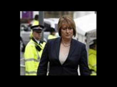 Jacqui Smith quits as Home Secretary