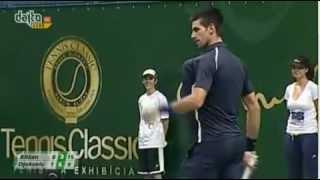 ديوكوفيتش يلعب التنس بصدر سيرينا ويليامس! - تنس
