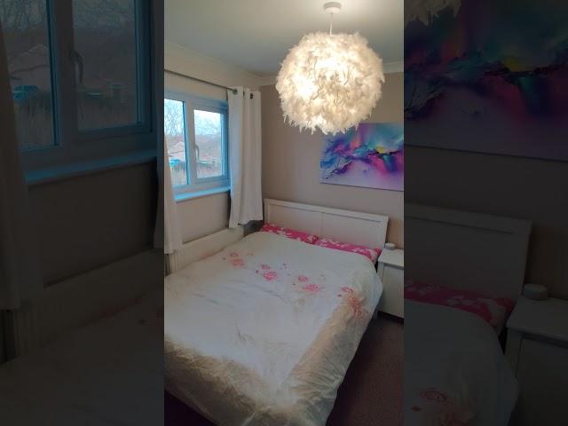 Lovely Quiet Double Bedroom Main Photo