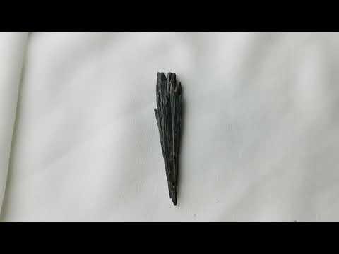 黑色藍晶石原礦Kyanite 05[ DCT Collection ]