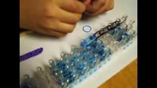 Rainbow loom light saber tutorial by Xavier part 1