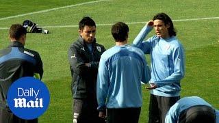 Uruguay striker Edinson Cavani may miss Chile quarter-final - Daily Mail